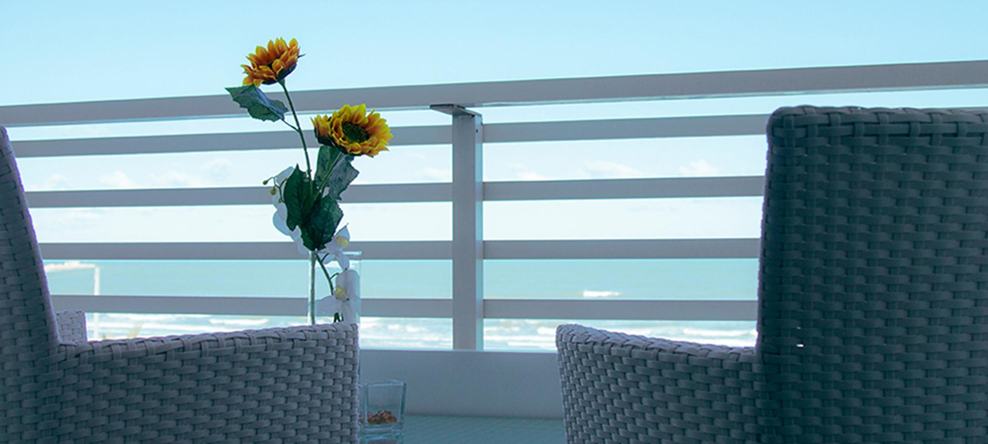 La Terrazza Hotel – Hotel in Barletta with sea view rooms, swimming ...