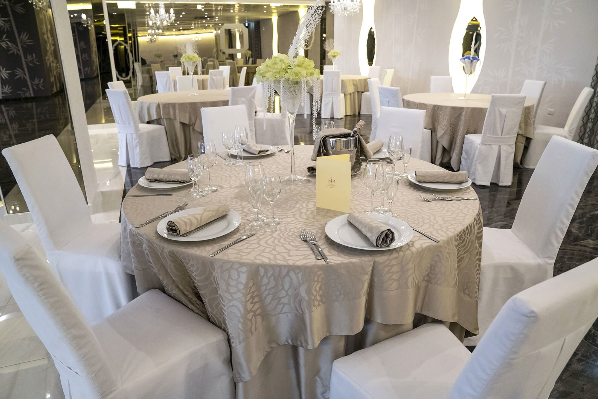 Banquet hall – La Terrazza Hotel
